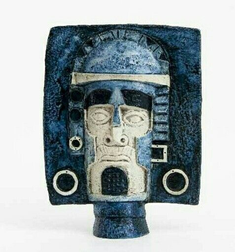 Troika pottery mask
