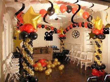 1000 images about balloons hollywood on pinterest for Balloon dance floor decoration