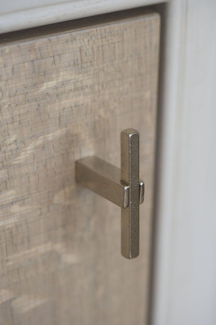 Stuk meubelknop ptt wit brons wb 60mm dauby deurbeslag for White bathroom cabinets with bronze hardware