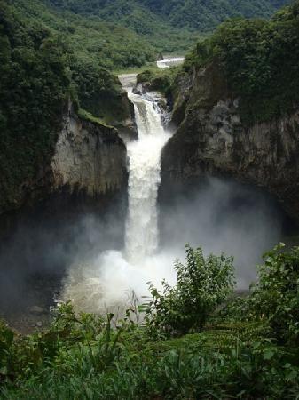 San Rafael Waterfall: San Rafael