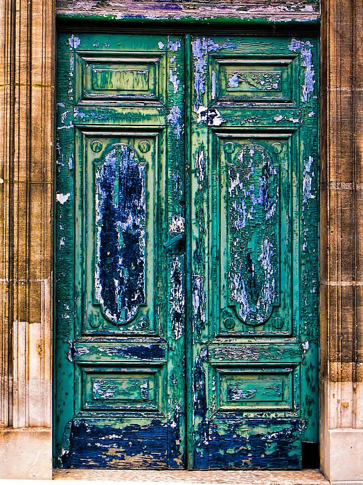 Paris, France...I want to take pictures of doors all over the world