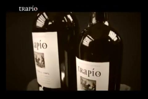 TRAPÍO, fuerza, naturaleza, personalidad, armonía, carácter, naturaleza, cuerpo, equilibrio. Mucho más que un vino.
