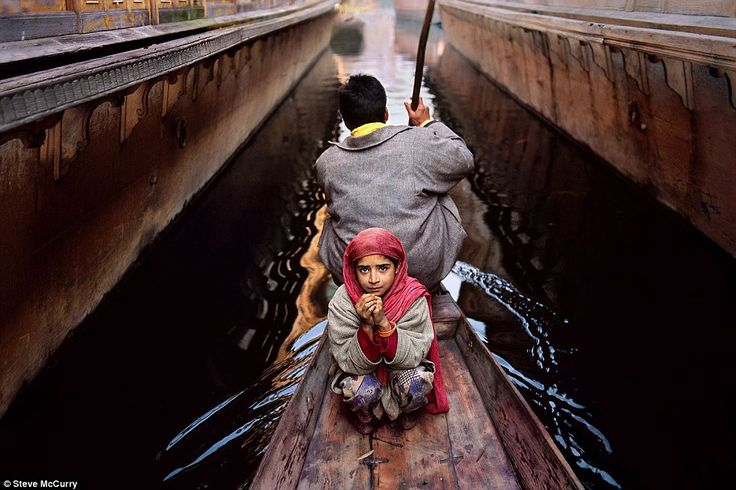 Photographer Steve McCurry's pictures of the colour and chaos of ...