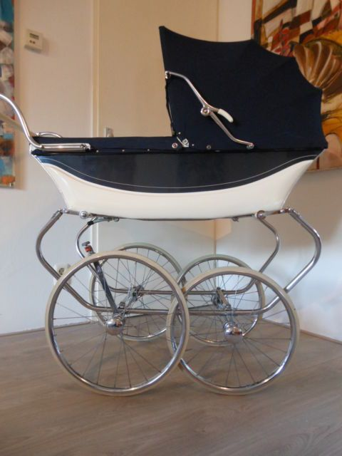 Nostalgie Kinderwagen XXL Räder. Vorne 48 cm, hinten 43 cm. Sehr guter Zustand! | eBay