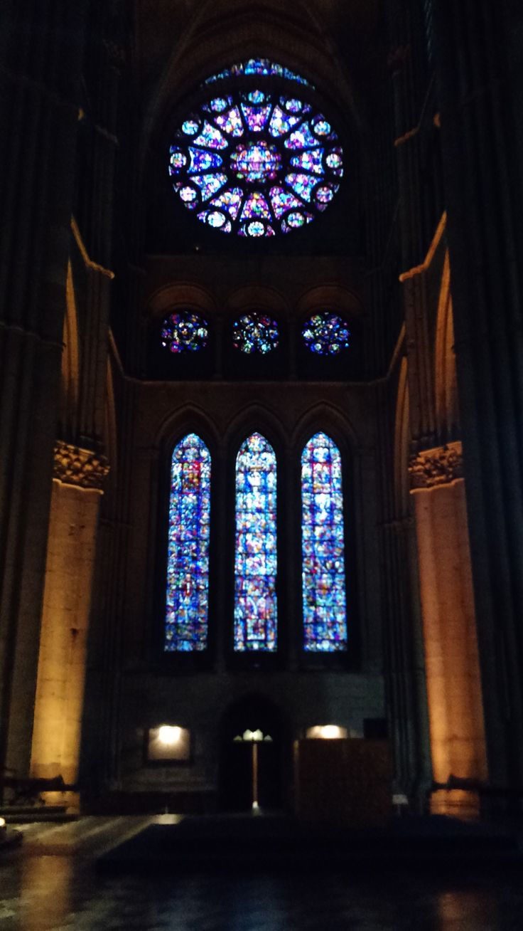 Gothic Cathedrals on France  Visited Cities: - Reims - Laon - Soisson - Amiens - Beauvais  #travel #france #tour #gothic #cathedral #guide #roteiro #travelling #reims #laon #soisson #amiens #beauvais #culture #turismo #traveltips #tips #doors #walls #statues