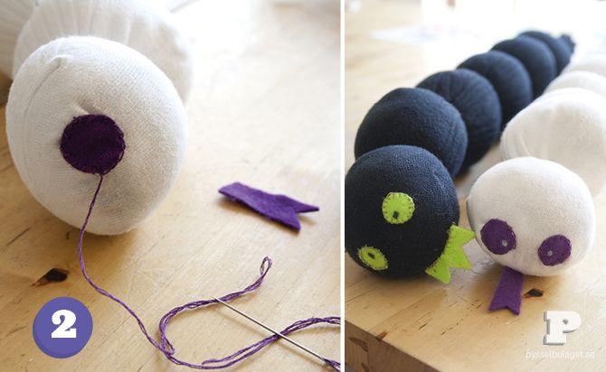 Gör en sockmask / Make a sock worm   Pysselbolaget