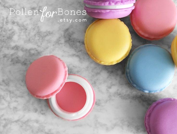 1pc ∙ colorati Macaron Trinket Box Candy favore a tema confezione dolce pillola casella gioielli forniture di PollenforBones su Etsy https://www.etsy.com/it/listing/266808141/1pc-colorati-macaron-trinket-box-candy