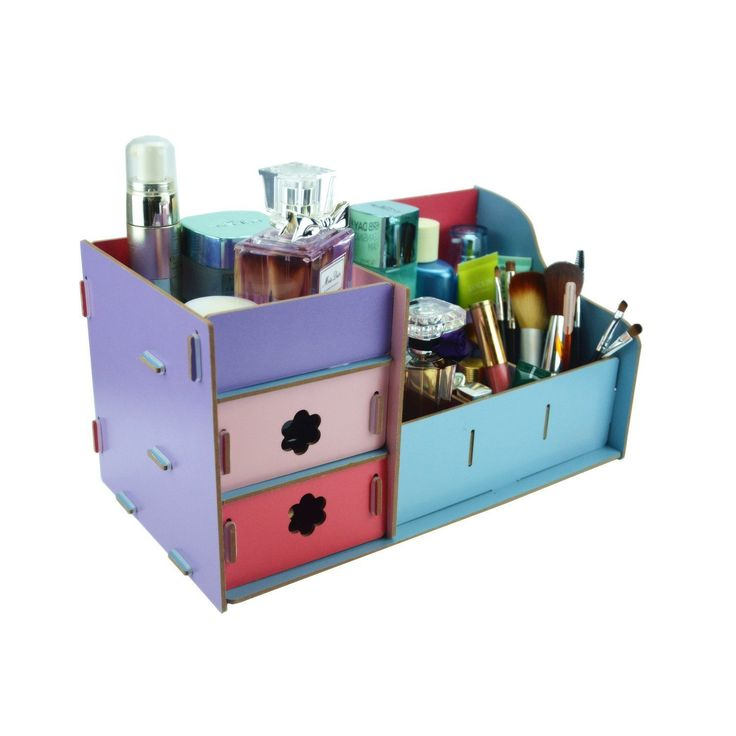 EASY Inexpensive Do It Yourself Ways To Organize And Decorate Your Bathroom And Vanity {The BEST