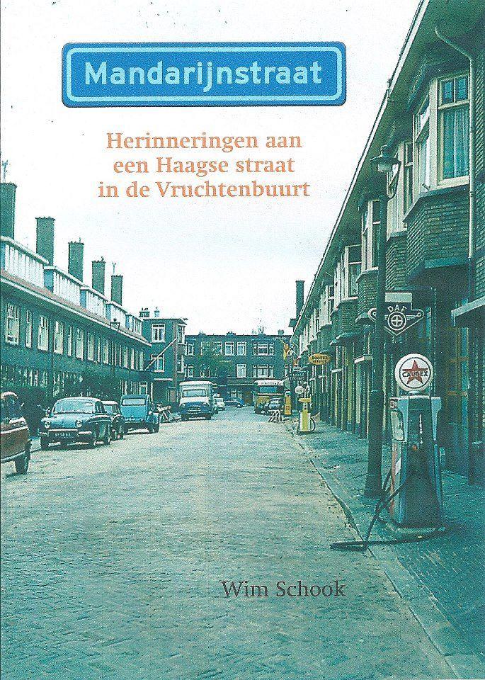Wim Schook heeft een nieuw boek over de Vruchtenbuurt geschreven. Zelf woonde hij van 1946 tot 1957 in de Mandarijnstraat. Zijn verhalen over die tijd staan gebundeld in het boek 'Herinneringen aan een Haagse straat in de Vruchtenbuurt'. Luister via onderstaande link naar een interview met Wim Schook. http://denhaagfm.nl/wp-content/uploads/2012/12/17-12-12-BOEK-VRUCHTENBUURT-INT.mp3