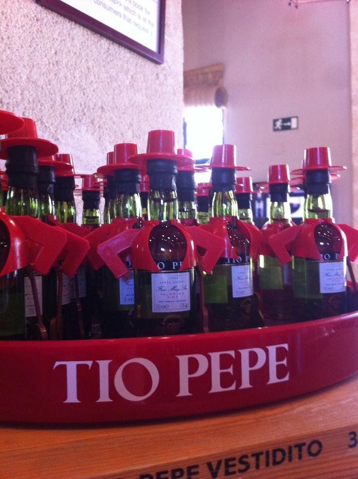 Hoy nuestra Agencia nani labraDoor Personal Shopper & Styling Agency pasea por las Bodegas de Tio Pepe #Turismo  Jerez  #Reunión #Arte y #Estilo