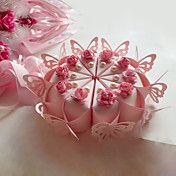 Cake Shaped Favor Boxes With Butterfly and Fl... – USD $ 11.99
