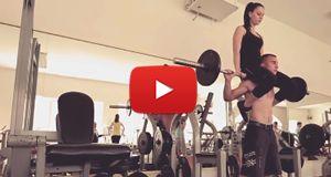 Süper İkiliden Vücut Ağırlığı Antrenman Görüntüleri  Video İçin Tıklayınız.. http://www.gymbat.com/super-ikiliden-vucut-agirligi-antrenman-goruntuleri/