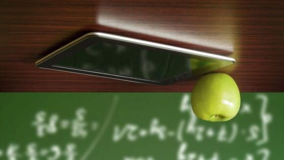 """L'autore de """"La classe capovolta"""" e professore di chimica, Maurizio Maglione: """"Tutti i nostri studenti hanno un telefono in tasca, allora"""