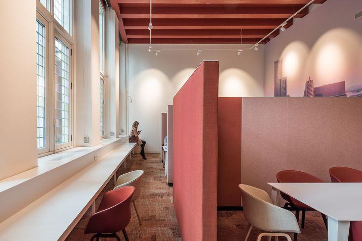 Location: Schielandshuis, Rotterdam, Netherlands. ReForm Memory WT. Colour code: 0768021. Architect: Mars Interieur.  Photographer: Jan de Vries