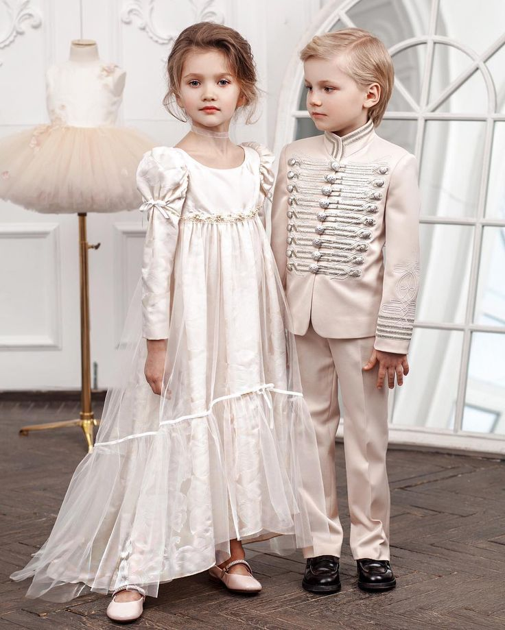Cream looks of Anna and Vronsky by Bibiona Couture #couture #childcouture #levtolstoy #springsummer #boysfashion