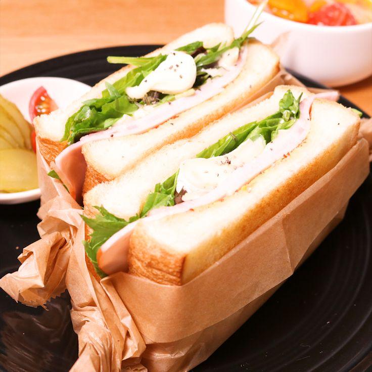 「ロースハムとカマンベールチーズのサンド」の作り方を簡単で分かりやすい料理動画で紹介しています。ハムとチーズを挟むだけのシンプルなサンドイッチですが、だからこそ素材の美味しさがよく分かる大人向けのサンドイッチです。ワインにもよく合いますので、パーティーや休日ののんびりブランチなどにおすすめですよ。是非作ってみてくださいね。
