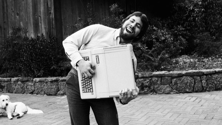 Apple Co-Founder Steve Wozniak Discusses the Early Days of the Company and Building the Apple IIe