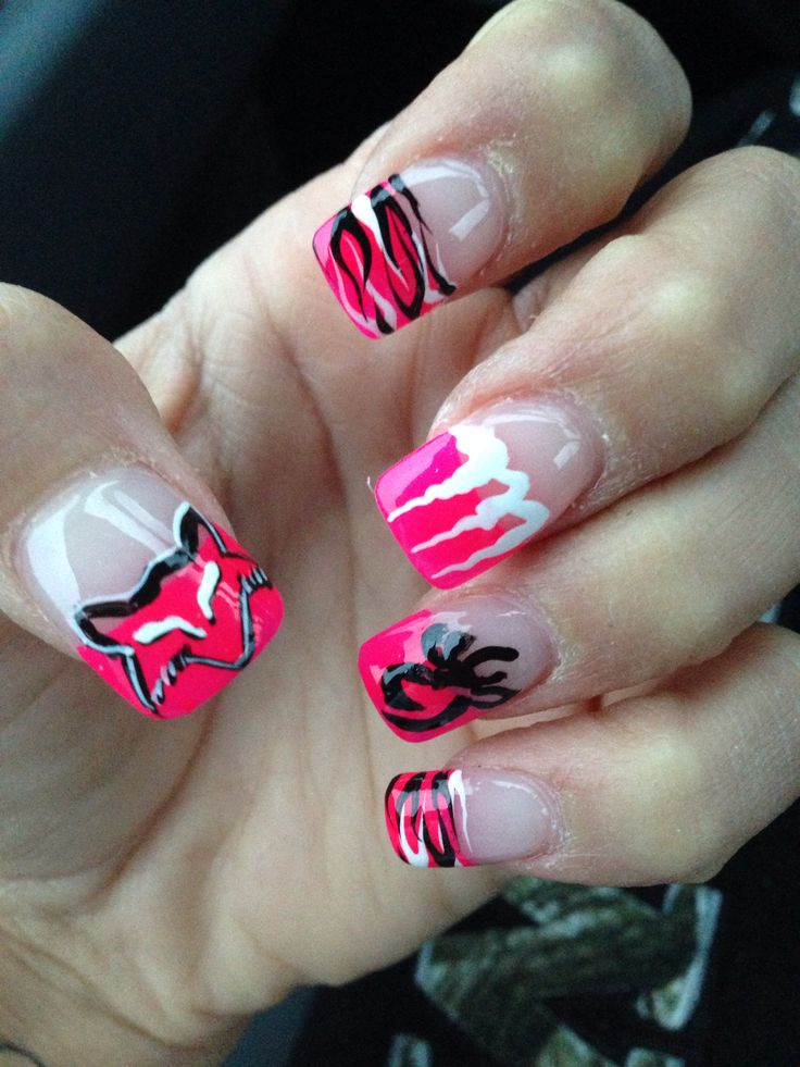 Nails done and I LOVE them <333 hair appointment Friday can't wait!!!