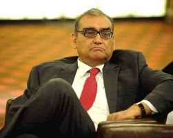 """Former Supreme Court judge Markandey Katju, who alleged that three Chief Justices of India made """"improper compromises"""" during UPA rule in allowing a judge under corruption cloud to continue in office on Tuesday, posed six questions to one them, Justice R C Lahoti, on the issue."""
