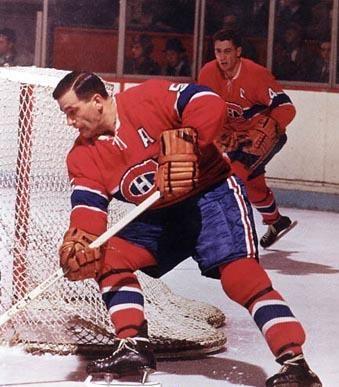 Bernard Geoffrion: Dans la Ligue nationale de hockey, il a joué pendant quatorze saisons avec les Canadiens de Montréal ainsi que 2 saisons avec les Rangers de New York. En 1972, il a été intronisé au Temple de la renommée du hockey. Geoffrion débuta sa carrière avec les Canadiens en 1951 et fut surnommé « Boom Boom » en raison de ses lancers frappés fracassants. Il fut le deuxième joueur de la LNH à marquer 50 buts en une saison; le premier était son coéquipier Maurice Richard.
