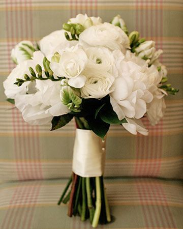 White Wedding Bouquets, White bridal bouquets