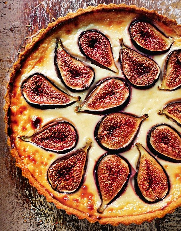 Croatian Fresh Fig Tart - Wait to fig season for a fresh and tasty pudding to please all...