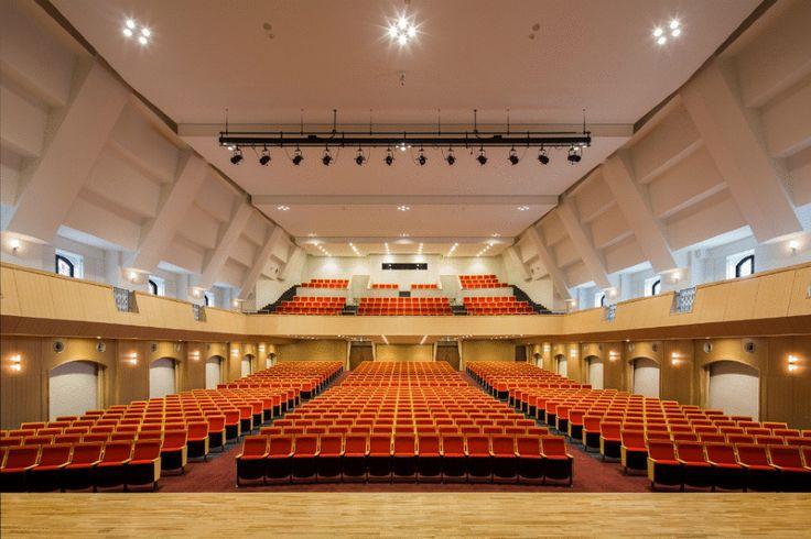 Yamawaki Gakuen Junior & Senior High School|山脇学園中学校・高等学校 新1号館|納入事例|school, auditrium