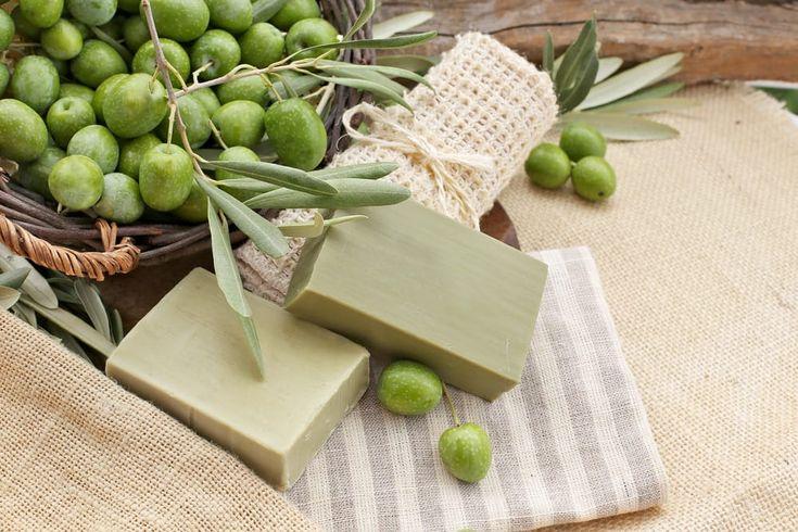 Sapone fai da te con lisciva di cenere senza soda caustica - Le indicazioni per preparare, con due soli ingredienti, un sapone sicuro per la pelle e low cost.