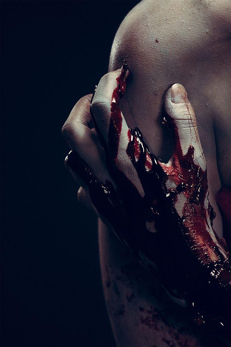 Окровавленное тело картинки