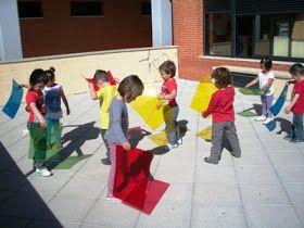 LA BRUIXA PERICUIXA.-Educació infantil-.: EXPERIMENT AMB LA LLUM-MATERIALS TRANSPARENTS I OPACS