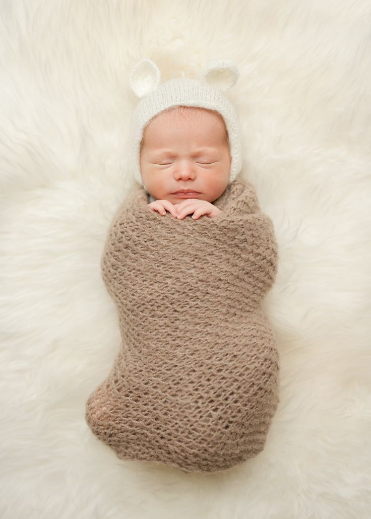 3 newborn session must haves for the perfect portraits paris france photographer blog i