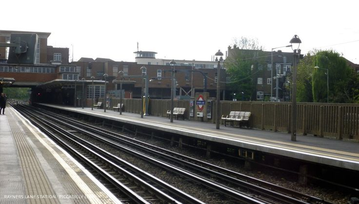 Rayners Lane Station