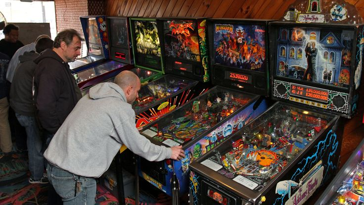 "On Saturday, Nov. 22, passionate pinball players gathered at Eight on The Break in Dunellen to follow their hearts in two ways: raise money for the hungry and enjoy their favorite pastime, pinball. The event was the New Jersey tournament in the second annual nationwide effort of the International Flipper Pinball Association, called ""Flip Off Hunger."""
