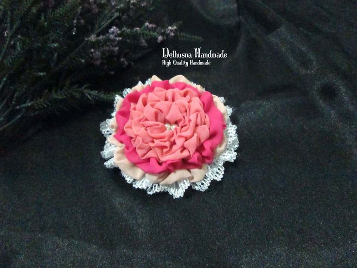 Another beautiful vintage brooch :)    #brooch #handmadebrooch #brosjilbab