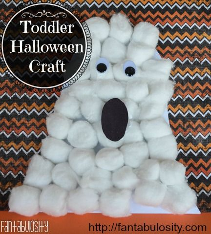 What an easy Halloween craft for a toddler!
