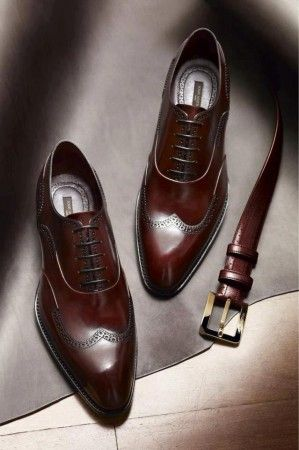 El color más natural de los zapatos del caballero; el marrón | Vestirse por los pies