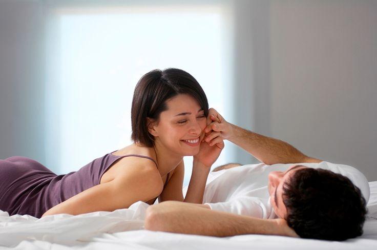 Beneficios de relaciones sexuales satisfactorias: Favorece a un estado de equilibrio y de bienestar físico y psicológico. Producen un efecto de rejuvenecimiento. Previenen la aparición del estrés y de los trastornos psicosomáticos (fobias, ansiedad, alergias, alteraciones digestivas, etc.). Protegen contra enfermedades (infarto de miocardio y la hipertensión). Disminuyen la frecuencia del cáncer de útero en la mujer y del adenoma de próstata en el hombre. Consolidan la relación de pareja.