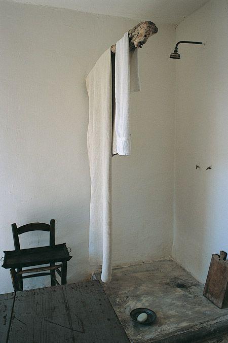 Open corner shower