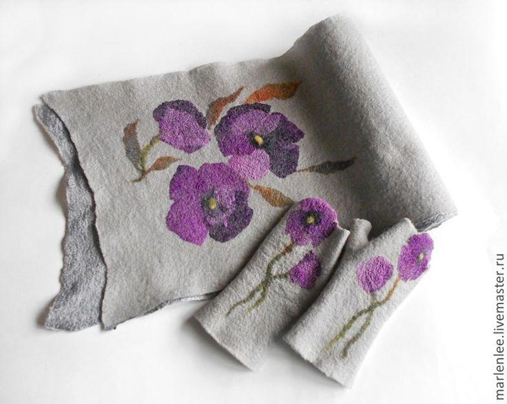 """Купить Комплект """"Фиолетовые маки""""валяный - серый, цветочный, шарф женский, шарф валяный, шарф шерстяной"""