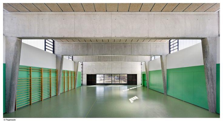 Mestura Arquitectes    CEIP 2L Martinet  (Cornellá de Llobregat, España)    2007
