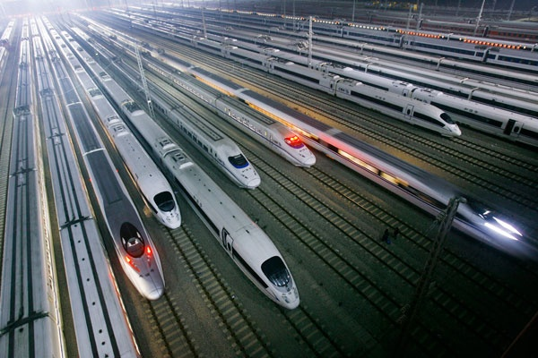 On 28 March, China Railways Made Test Drive of Superfast Train from Nanjing to Hangdju. Hundreds of journalists, and Chinese railroad officials enjoyed in test drive of superfast train, which drive at a speed of 400 km/h.