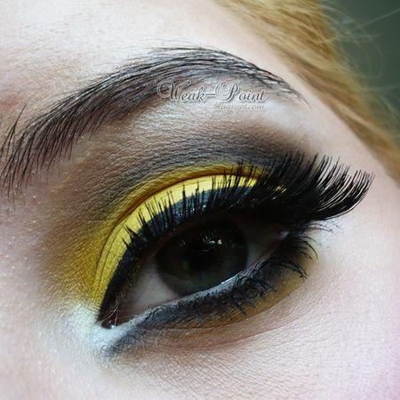 Dramatic black & yellow