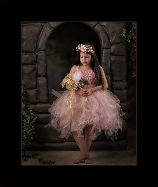 Awesome photo by photographer Rob Provencher. There is also a link for the fairy outfit.