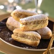 Petits éclairs au praliné - une recette Desserts de fêtes - Cuisine