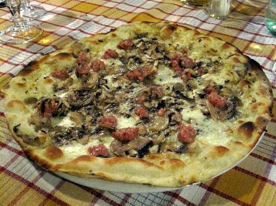 Agnese Italian Recipes: #Pizza #boscaiola #Italian recipe