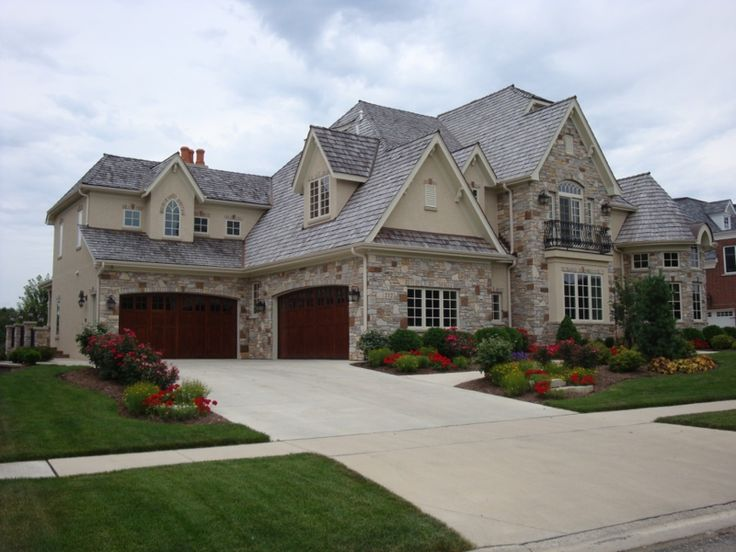 Best 25 big beautiful houses ideas on pinterest big for Homes with big garages for sale