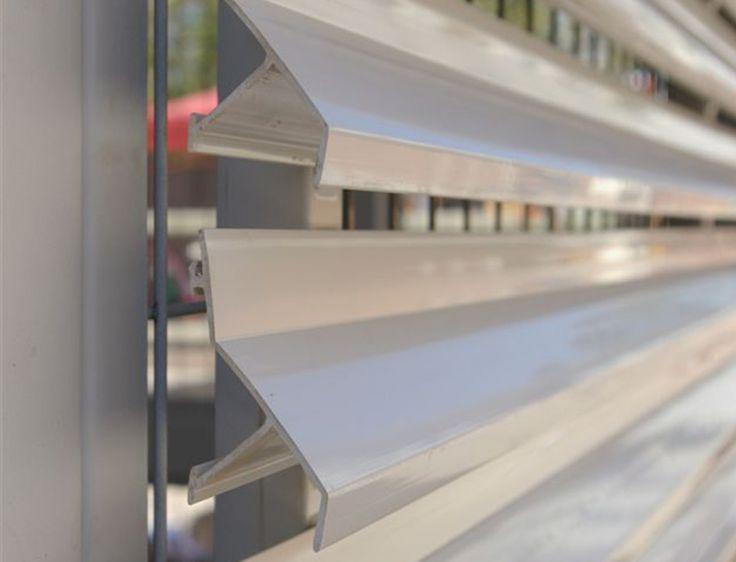 Las 25 mejores ideas sobre revestimiento exterior en for Iluminacion para muros exteriores