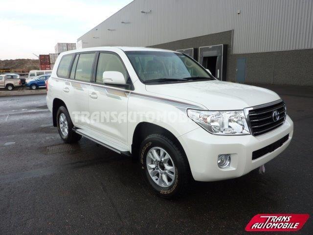 Toyota Land Cruiser 200 Station Wagon 4.5L V8 TD GXR8 4X4 (to sale) https://www.transautomobile.com/en/export-toyota-land-cruiser-200-station-wagon/1207?PI