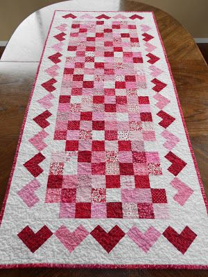 Calicos In Bloom: Valentine's Day Table Runner & Hotpads
