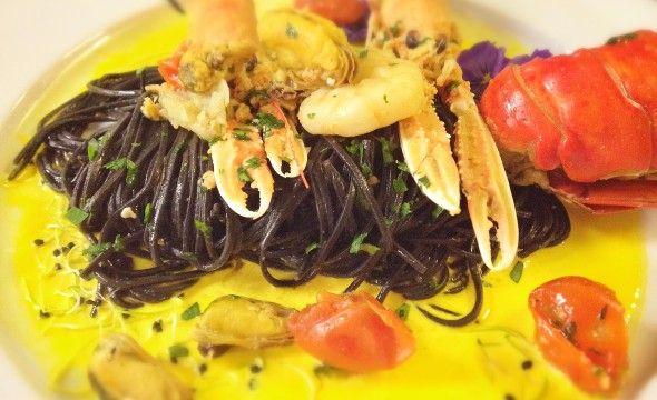 La Sfida di giugno ha il suo vincitore!   Con Spaghetti al nero di seppia con crostacei e salsa allo zafferano, sale sul gradino più alto del podio Chef Nicolò Campisi!